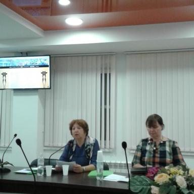 С докладом выступает О.А. Богданова