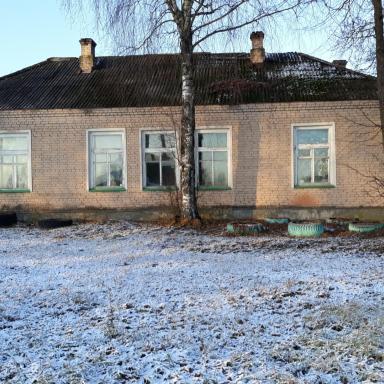 Современное строение на месте утраченного главного дома в Богдановском
